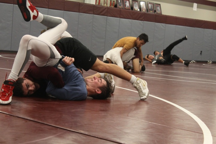 Old Faces and New Beginnings for Jenks Wrestlers