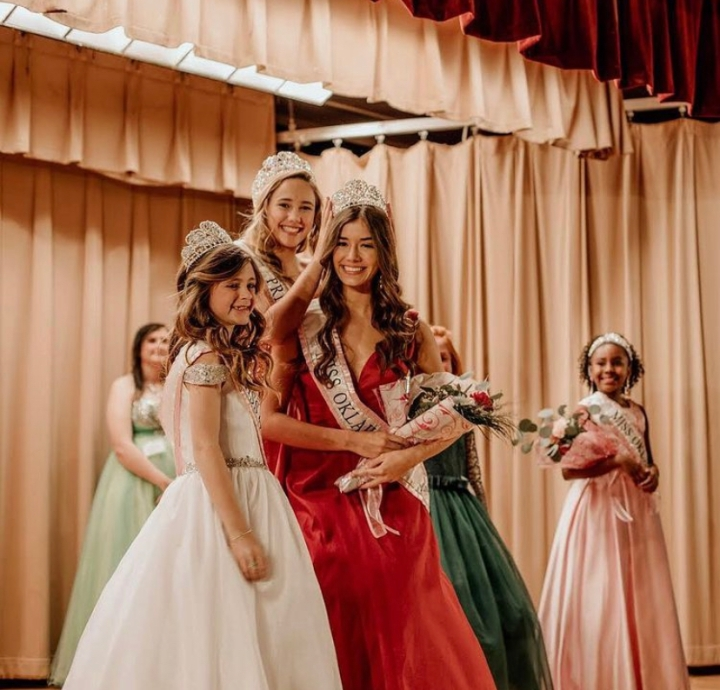 The Work behind the Crown: Jenks PageantQueens